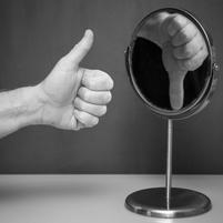 Уилл Сторр: «Низкая самооценка — это черта личности с невротическими свойствами. И ее не изменить»